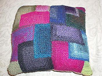 Kureyon Pillow